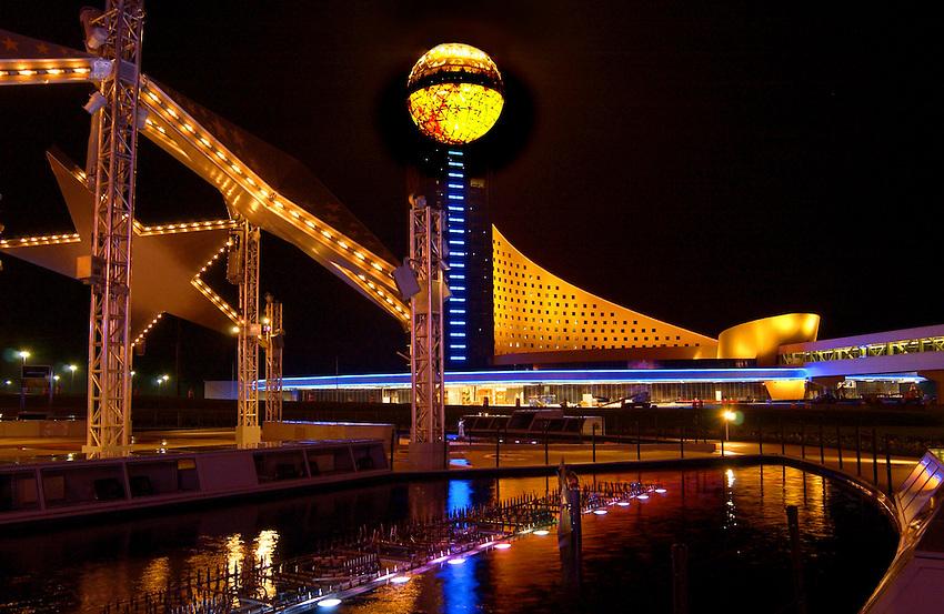 Golden Moon Hotel and Casino at Pearl River Resort - Choctaw, MS.  Bob Gathany photo.