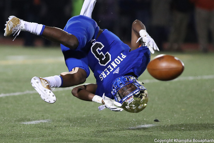 Boswell loses to Aledo 35-26 in 6-5A high school football at Pioneer Stadium in Fort Worth on Friday, November 10, 2017. (photo by Khampha Bouaphanh)