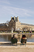 Couple sitting by pond Jardin des Tuileries Paris..©shoutpictures.com.john@shoutpictures.com