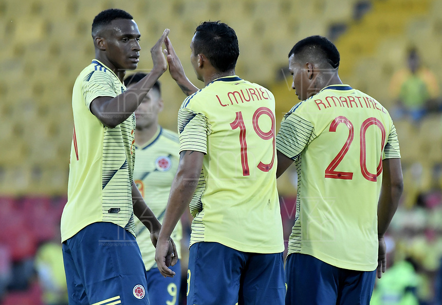 BOGOTA - COLOMBIA, 03-06-2019: Luis Muriel jugador de Colombia celebra después de anotar el segundo gol de su equipo durante partido amistoso entre Colombia y Panamá jugado en el estadio El Campín en Bogotá, Colombia. / Luis Muriel player of Colombia celebrates after scoring the second goal of his team during a friendly match between Colombia and Panama played at Estadio El Campin in Bogota, Colombia. Photo: VizzorImage/ Gabriel Aponte / Staff