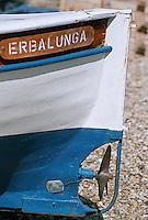 France/2B/Haute Corse/Cap Corse/Erbalunga: Bateau de pèche, Pointu sur le port en cale sèche : hélice et gouvernail