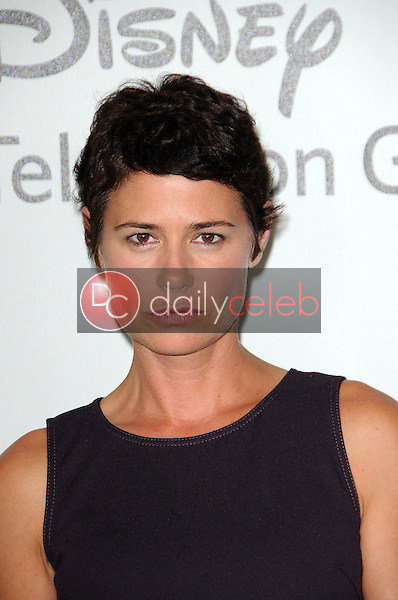 Maura Tierney<br /> at the Disney ABC Television Group Summer 2010 Press Tour - Evening, Beverly Hilton Hotel, Beverly Hills, CA. 08-01-10<br /> David Edwards/Dailyceleb.com 818-249-4998