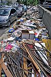 Lixo na rua no bairro Higienópolis, São Paulo. 2010. Foto de Juca Martins.