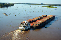 ASUNCION - PARAGUAY: Río Paraguay en Asuncion, Paraguay. Paraguay River in Asuncion, Paraguay. (Photo:  VizzorImage / Cont.)............