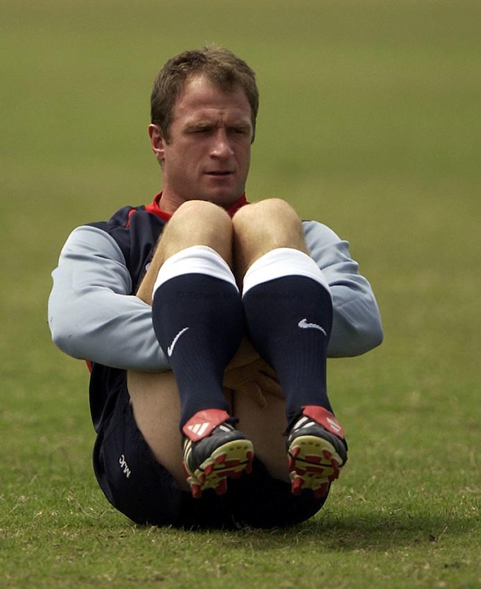 Photo: Richard Lane..England training at the Gold Coast Stadium, Gold Coast. RWC 2003. 31/10/2003..Mike Catt.