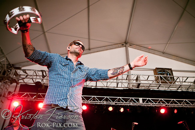 Gin Blossoms performs at Newport Waterfront Events August 4, 2013