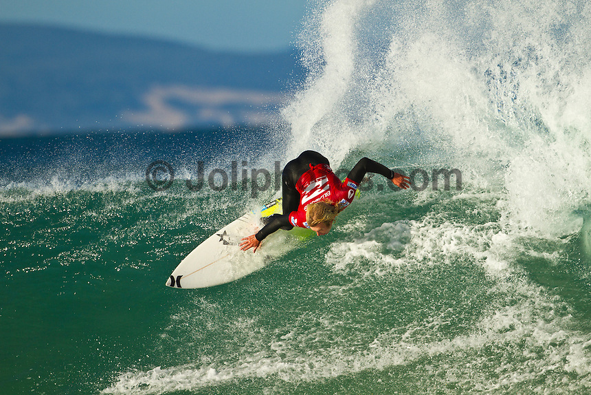 """JEFFREYS BAY, South Africa (Thursday, July 15, 2010) - The Billabong Pro Jeffreys Bay has been called ON this morning with clean four-to-six (2 metre) waves steaming down the point..Event No. 4 of 10 on the 2010 ASP World Tour, the Billabong Pro Jeffreys Bay is looking at an excellent forecast to kick off the waiting period and the world's best surfers will take to the water at 8am this morning for Round 1 of competition..""""We've awoken to pristine conditions at Jeffreys this morning with consistent four-to-six foot (2 metre) waves on offer and we'll be commencing competition at 8am,"""" Richie Porta, ASP International Head Judge, said. """"We plan on a full day of competition and good luck to all the boys today."""".The Billabong Pro Jeffreys Bay is turning into an event of two tales: 1) the red-hot ASP World Title Race with Kelly Slater (USA), 38, campaigning for his 10 ASP World Title, and 2) the cutthroat mid-year field reduction from the ASP Top 45 to 32..With the top seeds gunning for the ASP World Title and the low seeds battling for survival amongst the world's elite, today's picturesque conditions are poised to deliver unprecedented levels of performance and intensity.  Photo: joliphotos.com"""