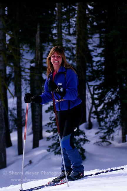 Woman cross countryskiing at Castle Peak