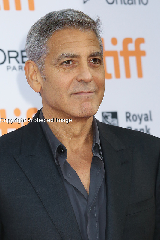 DIRECTOR GEORGE CLOONEY - RED CARPET OF THE FILM 'SUBURBICON' - 42ND TORONTO INTERNATIONAL FILM FESTIVAL 2017 . TORONTO, CANADA, 09/09/2017. # FESTIVAL DU FILM DE TORONTO - RED CARPET 'SUBURBICON'
