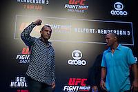 SÃO PAULO, SP, 05.11.2015 - UFC-SP -  Vitor Belfort e Dan Handerson durante encarada no UFC Media Day, no hotel Hilton, na zona sul de São Paulo, na manhã desta quinta-feira, 05.  (Foto: Adriana Spaca/Brazil Photo Press)