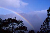 Regenbogen am Mirador La Cumbrecita bei El Paso, La Palma, Kanarische Inseln, Spanien