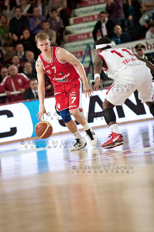 Teramo 15-01-2012 Campionato di Lega A1 Basket 2011/2012: TERAMO BASKET VS CIMBERIO VARESE. IN FOTO RANNIKKO TEEMU VARESE