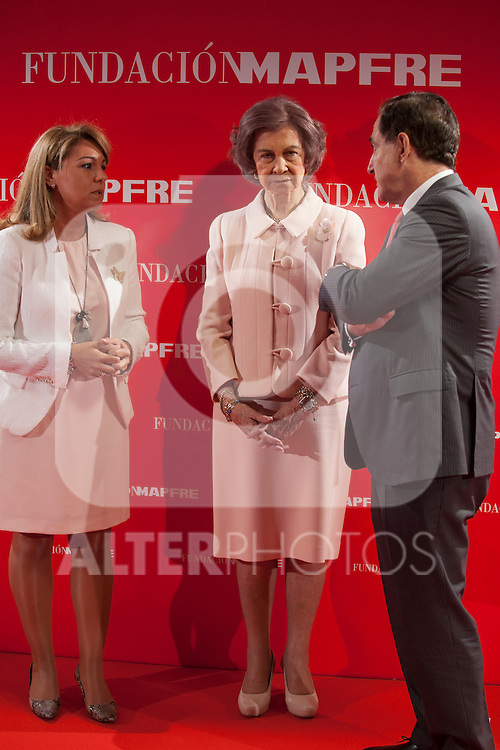 Queen Sofia of Spain (C) and the Social Services Secretary Susana Camarero during the Mapfre Foundation Social Awards ceremony at Mapfre Campus in Madrid, Spain. May 20, 2014. (ALTERPHOTOS/Victor Blanco)