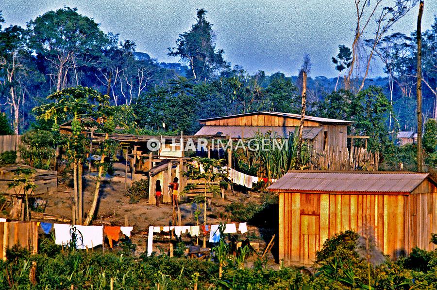 Desmatamento de colonização. Pará. 1984. Foto de Juca Martins.
