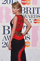 Taylor Swift arrives for the BRIT Awards 2015 at the O2 Arena, London. 25/02/2015 Picture by: Steve Vas / Featureflash