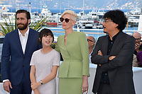 Jake Gyllenhaal, Ahn Seo-Hyun, Tilda Swinton &amp; Bong Joon-Ho at the photocall for &quot;Okja&quot; at the 70th Festival de Cannes, Cannes, France. 19 May 2017<br /> Picture: Paul Smith/Featureflash/SilverHub 0208 004 5359 sales@silverhubmedia.com