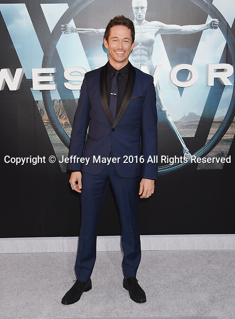 HOLLYWOOD, CA - SEPTEMBER 28: Actor Simon Quarterman attends the premiere of HBO's 'Westworld' at TCL Chinese Theater on September 28, 2016 in Hollywood, California.