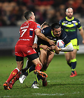 Picture by Anna Gowthorpe/SWpix.com - 02/02/2018 - Rugby League - Betfred Super League - Hull KR v Wakefield Trinity - KC Lightstream Stadium, Hull, England - Wakefield Trinity's Justin Horo is tackled by Hull KR's Danny McGuire and Maurice Blair