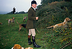 'DUKE OF BEAUFORT HUNT', CAPTAIN IAN FARQUHAR WITH HUNTING HOUNDS