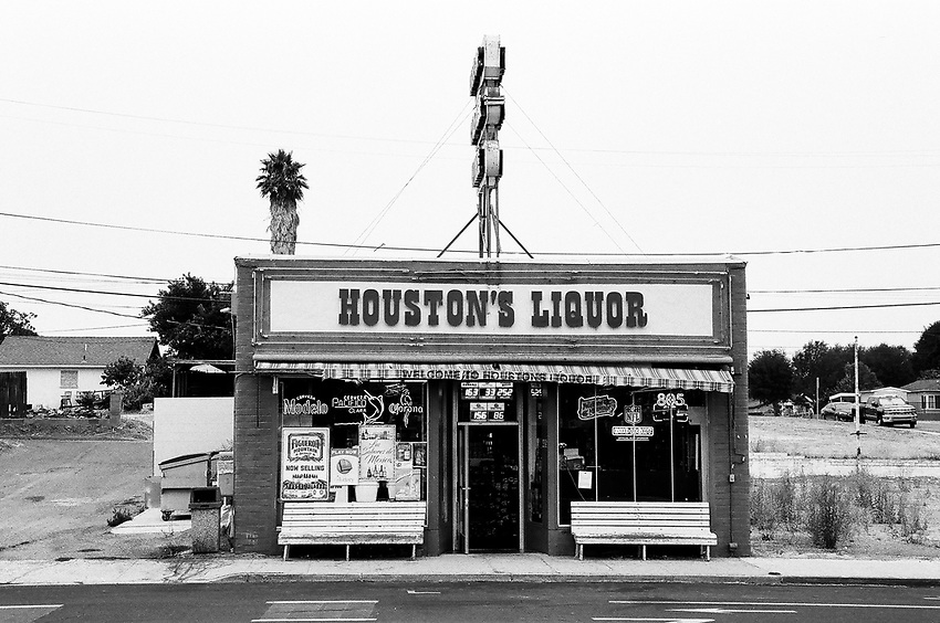 Houston's Liqour Store, Ilford Delta Film