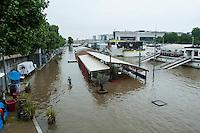 Les berges de la Seine en crue ‡ Paris dans le 13e Arrondissement le 2 juin 2016