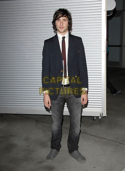 "MATT DALLAS.The Warner Independent Pictures' Premiere of ""The Painted Veil"" held at The Arclight Theatre inHollywood, California, USA..December 13th, 2006.full length black suit jacket jeans denim.CAP/DVS.©Debbie VanStory/Capital Pictures"