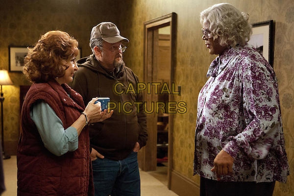 Kathy Najimy, Larry the Cable Guy, Tyler Perry<br /> in Tyler Perry's A Madea Christmas (2013)<br /> *Filmstill - Editorial Use Only*<br /> CAP/FB<br /> Image supplied by Capital Pictures