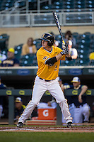 Eric Toole (2) of the Iowa Hawkeyes bats during a 2015 Big Ten Conference Tournament game between the Iowa Hawkeyes and Michigan Wolverines at Target Field on May 20, 2015 in Minneapolis, Minnesota. (Brace Hemmelgarn/Four Seam Images)