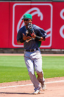 Clinton LumberKings outfielder Ariel Sandoval (15) makes a juggling catch in four territory during a Midwest League game against the Cedar Rapids Kernels on May 28, 2018 at Perfect Game Field at Veterans Memorial Stadium in Cedar Rapids, Iowa. Clinton defeated Cedar Rapids 4-3. (Brad Krause/Four Seam Images)