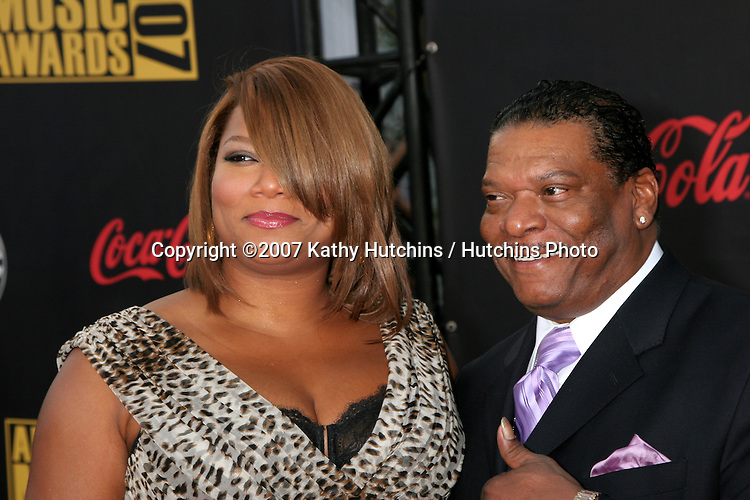 Queen Latifah & her dad.American Music Awards 2007.Nokia Theater.Los Angeles, CA.November 18, 2007.©2007 Kathy Hutchins / Hutchins Photo...               .