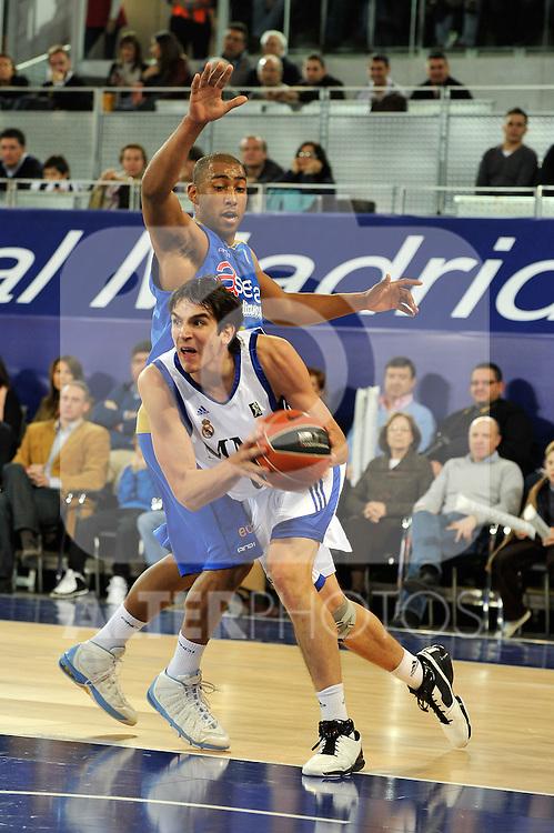 MADRID, Spain (22/01/11). Liga ACB de baloncesto, jornada 18, Real Madrid vs Asefa Estudiantes. Caja Magica...Carlos Suarez...©Raul Perez .