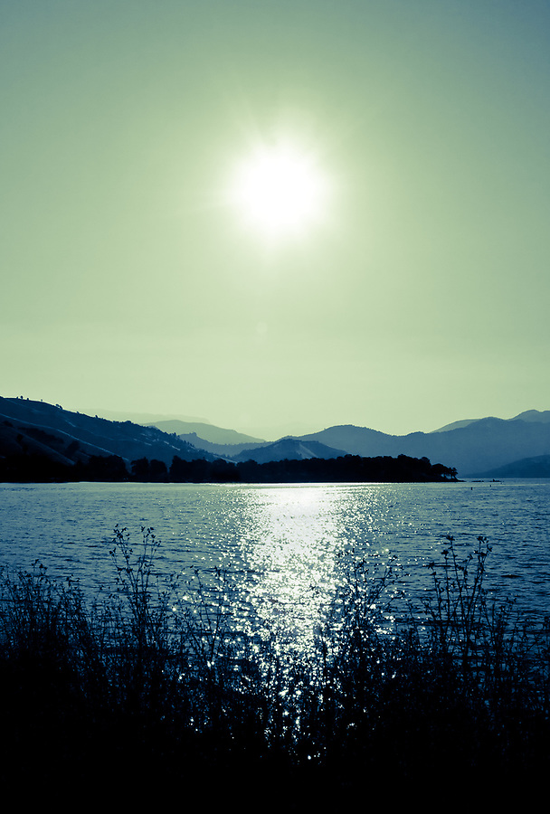 green lake, sun, landscape