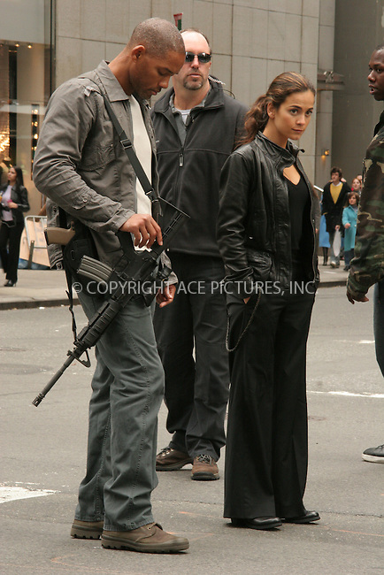 WWW.ACEPIXS.COM . . . . . ....October 22nd, 2006, New York City. ....Will Smith and Alice Braga on the set of 'I am Legend'.  ....Please byline: NANCY RIVERA- ACE PICTURES.... *** ***..Ace Pictures, Inc:  ..Philip Vaughan (212) 243-8787 or (646) 769 0430..e-mail: info@acepixs.com..web: http://www.acepixs.com