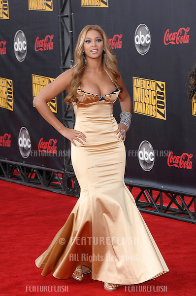Beyonce Knowles at the 2007 American Music Awards at the Nokia Theatre, Los Angeles..November 19, 2007  Los Angeles, CA.Picture: Paul Smith / Featureflash