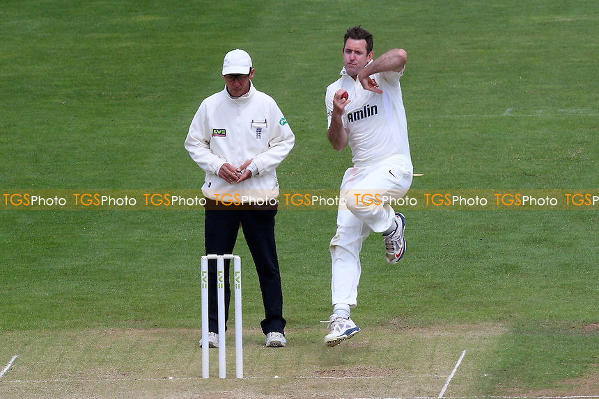 David Masters in bowling action for Essex - Glamorgan CCC vs Essex CCC - LV County Championship Division Two Cricket at the SWALEC Stadium, Sophia Gardens, Cardiff, Wales - 20/05/15 - MANDATORY CREDIT: TGSPHOTO - Self billing applies where appropriate - contact@tgsphoto.co.uk - NO UNPAID USE