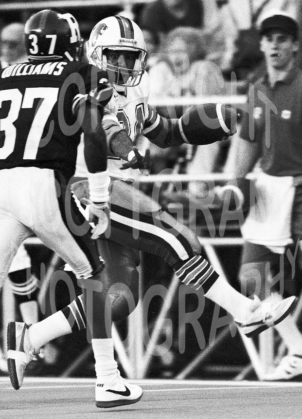Anthony Cherry BC Lions 1988. Copyright photograph Scott Grant