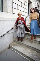 NOVA YORK, EUA, 11.02.2019 - MODA-NOVA YORK - A Fashion designer Carolina Herrera acompanha da de sua filha é vista chegando para o desfile de sua grife Carolina Herrera no New York Fashion Week nesta segunda-feira, 11. (Foto: Vanessa Carvalho/Brazil Photo Press/Folhapress)