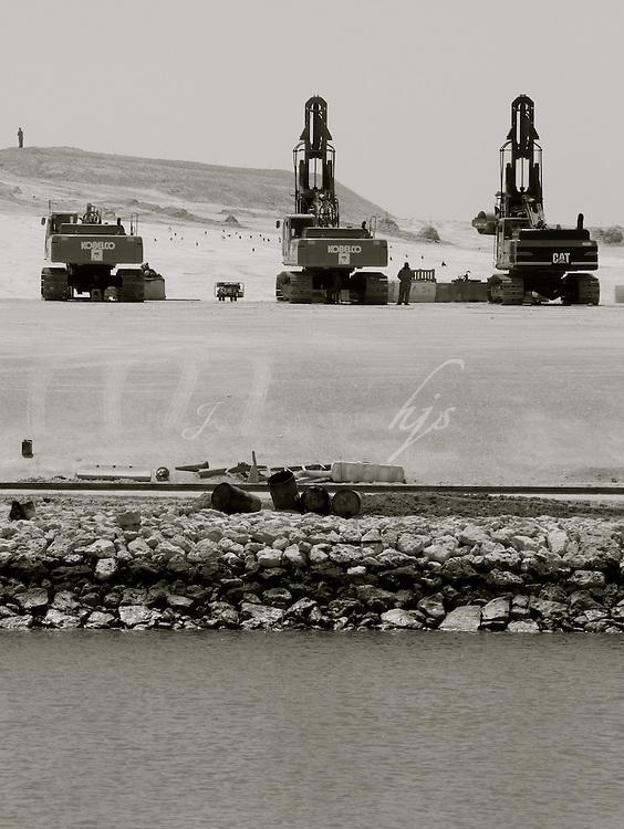 Construction site across the West Bay Lagoon, Doha, Qatar   Mar 10