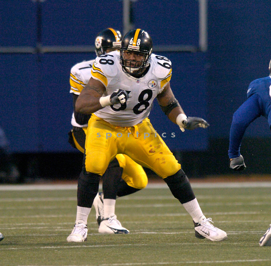 Keydrick Vincent during the Pittsburgh Steelers v. New York Giants game on December 18, 2004...Steelers win 33-30..David Durohchik / SportPics