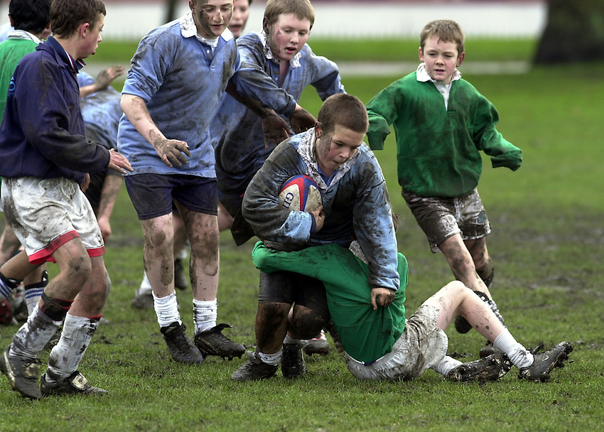 Photo:Ken Brown.22.1.2001 The RFU Youth Development Officers and Trevor Leota through his School of Hard Knocks attempt to recruit players to Rugby from inner-city London. Today they are at Bow Boys School London E3..Boys play a match at the end of training