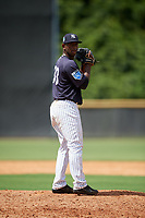 New York Yankees pitcher Anderson Severino (33) gets ready to deliver a pitch during a Florida Instructional League game against the Pittsburgh Pirates on September 25, 2018 at Yankee Complex in Tampa, Florida.  (Mike Janes/Four Seam Images)