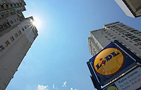 KROATIEN, 06.2013, Rijeka. © Petar Kurschner/EST&OST<br /> Deutsche Supermarktkette LIDL. | German discount supermarket chain LIDL.