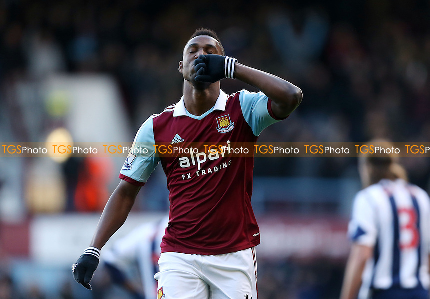 Modibo Maiga celebrates after scoring the 2nd goal for West Ham - West Ham United vs West Bromwich Albion, Barclays Premier League at Upton Park, West Ham - 28/12/13 - MANDATORY CREDIT: Rob Newell/TGSPHOTO - Self billing applies where appropriate - 0845 094 6026 - contact@tgsphoto.co.uk - NO UNPAID USE
