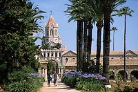 Europe/France/Provence-Alpes-Côte d'Azur/06/Alpes-Maritimes/Env de Cannes/Iles de Lérins/Ile St Honorat: L'abbaye de Lérins reconstruite en 1869