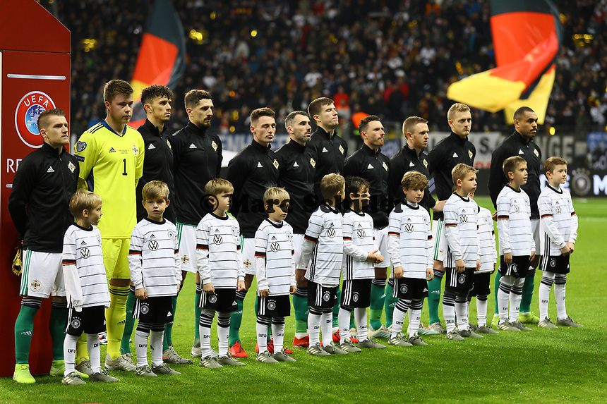 Nordirland bei der Hymne - 19.11.2019: Deutschland vs. Nordirland, Commerzbank Arena Frankfurt, EM-Qualifikation DISCLAIMER: DFB regulations prohibit any use of photographs as image sequences and/or quasi-video.