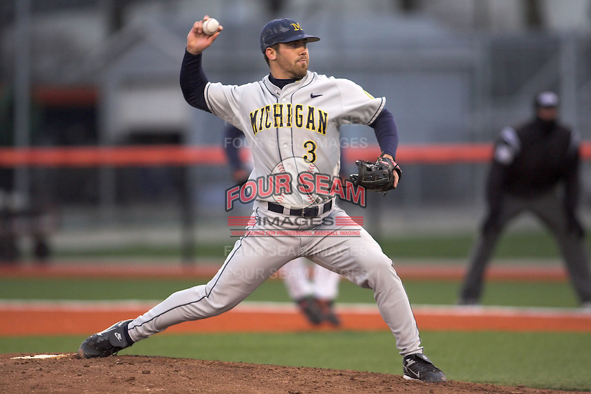 April 11, 2008:  University of Michigan Wolverines starting pitcher Zach Putnam (3) against the University of Illinois Fighting Illini at Illinois Field in Champaign, IL.  Photo by:  Chris Proctor/Four Seam Images