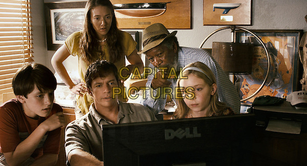 NATHAN GAMBLE, AUSTIN HIGHSMITH, HARRY CONNICK, JR., MORGAN FREEMAN & COZI ZUEHLSDORFF.in Dolphin Tale.*Filmstill - Editorial Use Only*.CAP/FB.Supplied by Capital Pictures.