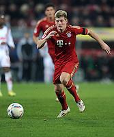 FUSSBALL   1. BUNDESLIGA  SAISON 2011/2012   12. Spieltag FC Augsburg - FC Bayern Muenchen         06.11.2011 Toni Kroos (FC Bayern Muenchen)