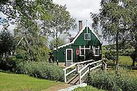 Nederland  Zaanstad  2016.  Houten huizen in Zaanse schans. Huis van een bewoner.  Foto Berlinda van Dam / Hollandse Hoogte