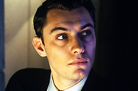 Gattaca (1997) <br /> Jude Law<br /> *Filmstill - Editorial Use Only*<br /> CAP/KFS<br /> Image supplied by Capital Pictures
